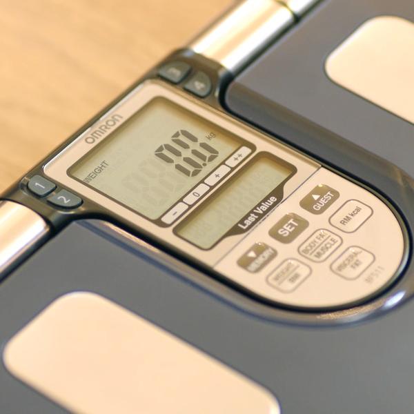 27293-bilancia-omron-bf511-display.jpg